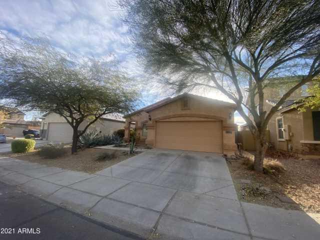 Photo of 963 E GOLD DUST Way, San Tan Valley, AZ 85143