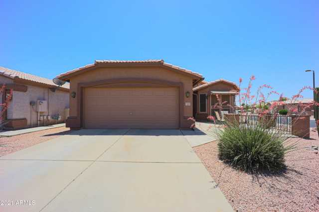 Photo of 1361 E TORREY PINES Lane, Chandler, AZ 85249