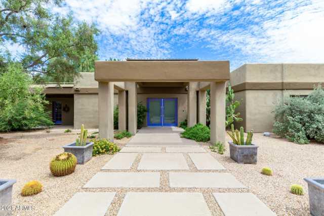 Photo of 7321 N MOCKINGBIRD Lane, Paradise Valley, AZ 85253