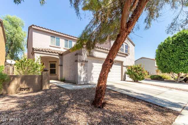 Photo of 8764 W DREYFUS Drive, Peoria, AZ 85381