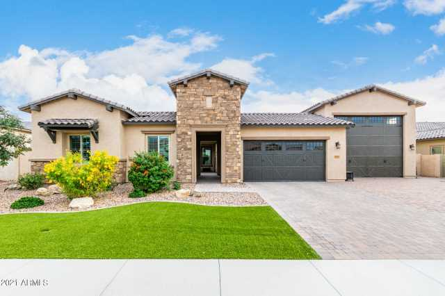 Photo of 9237 W FOOTHILL Drive, Peoria, AZ 85383