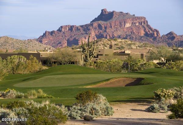 Photo of 7521 E EAGLE CREST Drive, Mesa, AZ 85207