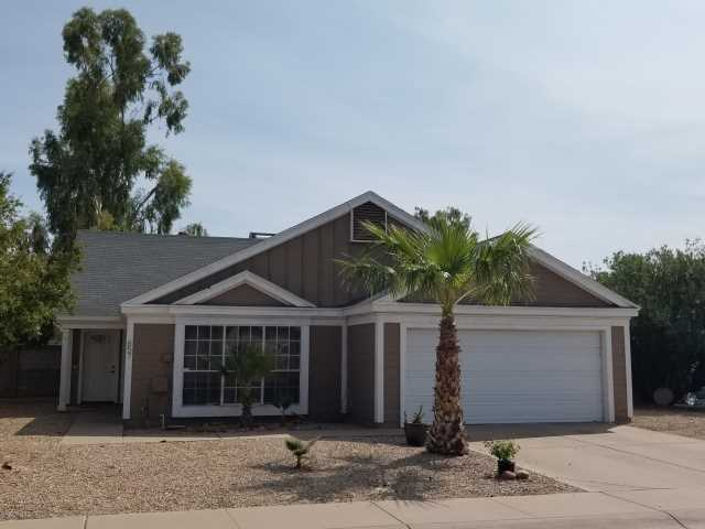 Photo of 657 E ESTRELLA Drive, Chandler, AZ 85225