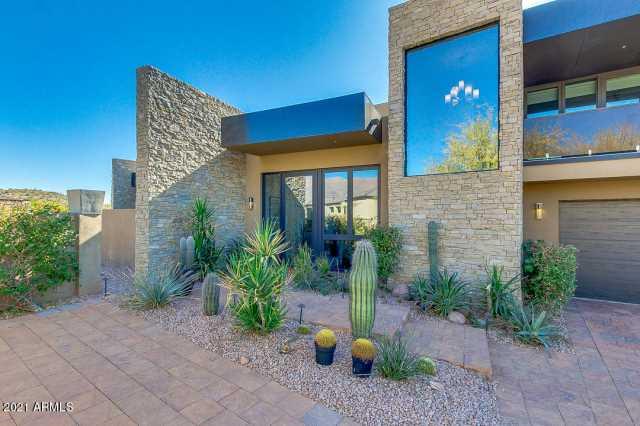 Photo of 8739 E QUARTZ MOUNTAIN Drive, Gold Canyon, AZ 85118