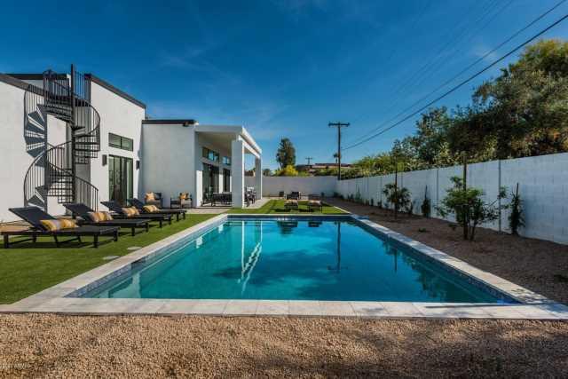 Photo of 5036 N SCOTTSDALE Road, Paradise Valley, AZ 85253