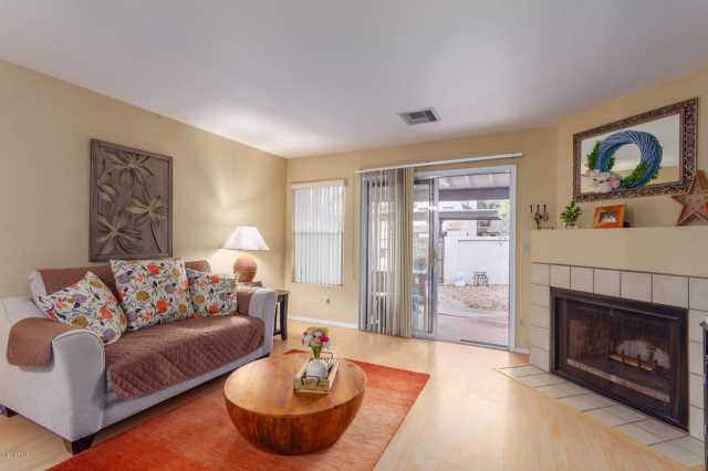 Photo of 1961 N HARTFORD Street #1033, Chandler, AZ 85225