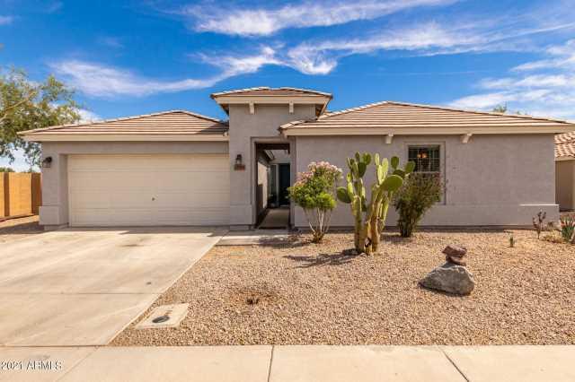 Photo of 25589 W GLOBE Avenue, Buckeye, AZ 85326